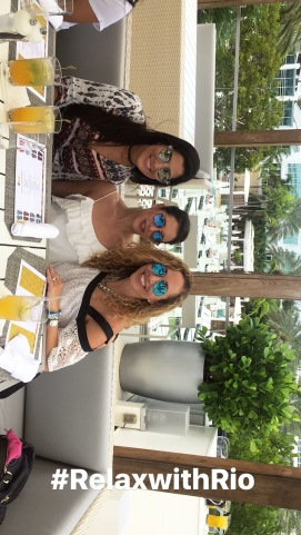 Con Jeanette Kaplum de @HispanaGlobal y @latinacoolmag